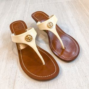 Tory Burch Cameron Patent Leather Wedge Thongs 9